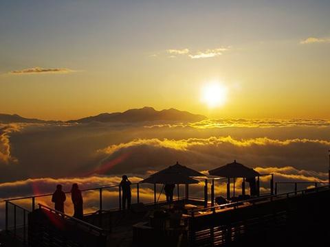 雲海夕景イメージ