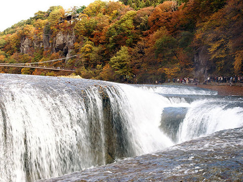 吹割の滝(秋)